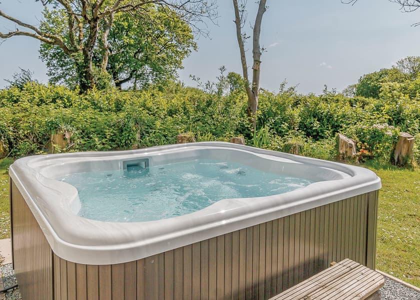 Hot Tub Holiday at Croft Country Park