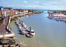 Littlehampton Harbour near Jaybelle Grange Lodges