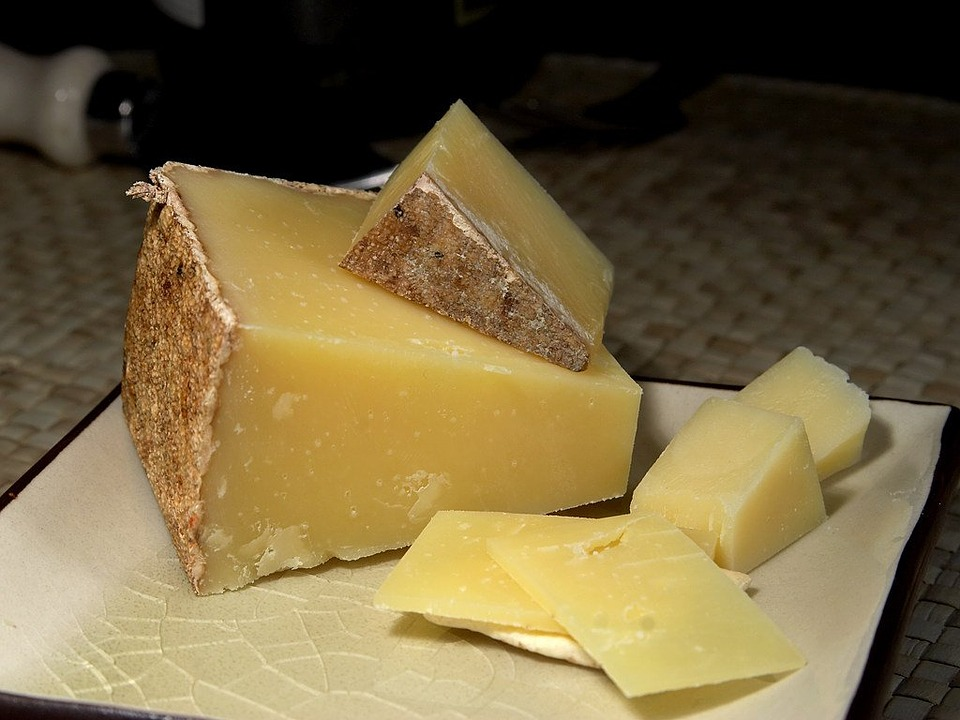 Famous Lincolnshire Cheese