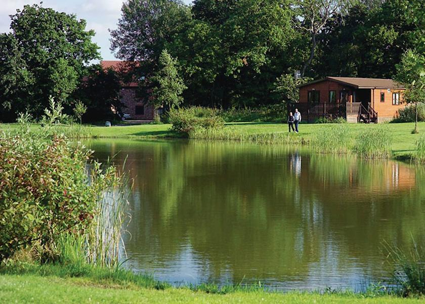 Paradise Lakeside Lodges in York
