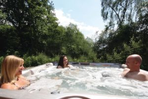 Lodges with Hot Tubs in York