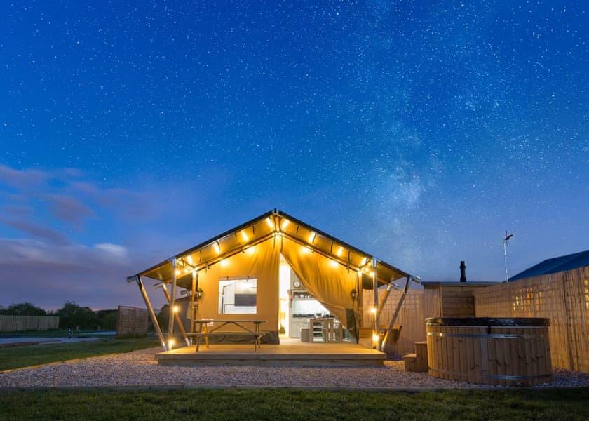 Bowbrook Lodges Safari Tent