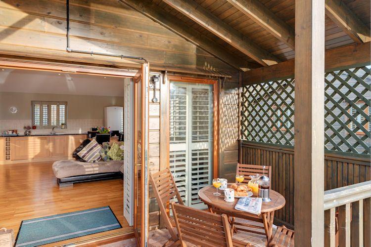Pet Friendly Kingfisher Lodge