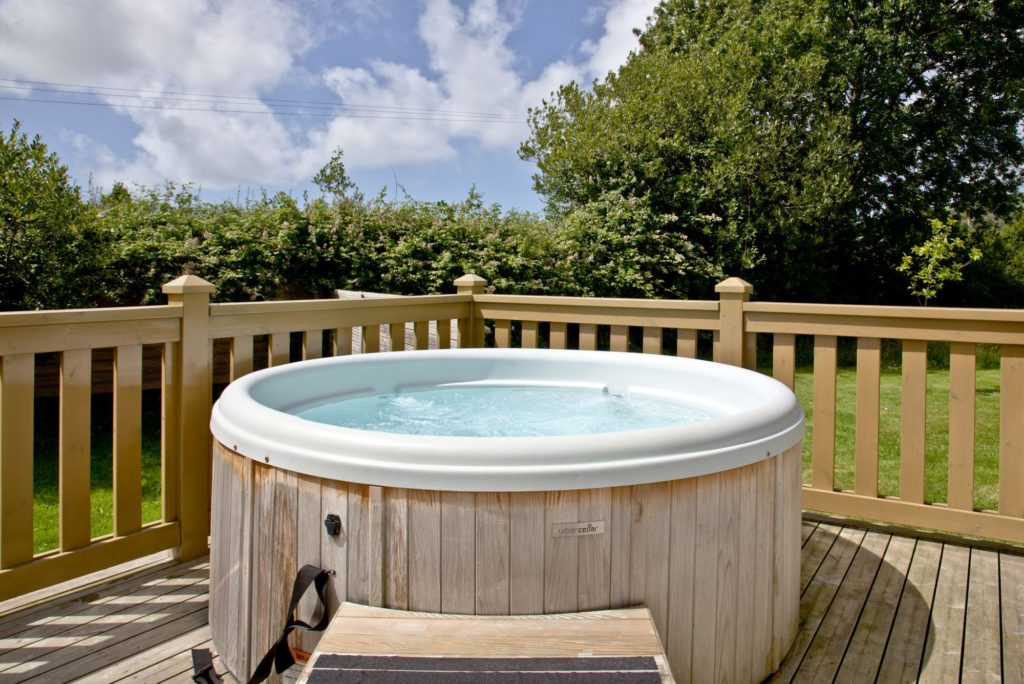 Hot Tub with a view at Great Field Lodges