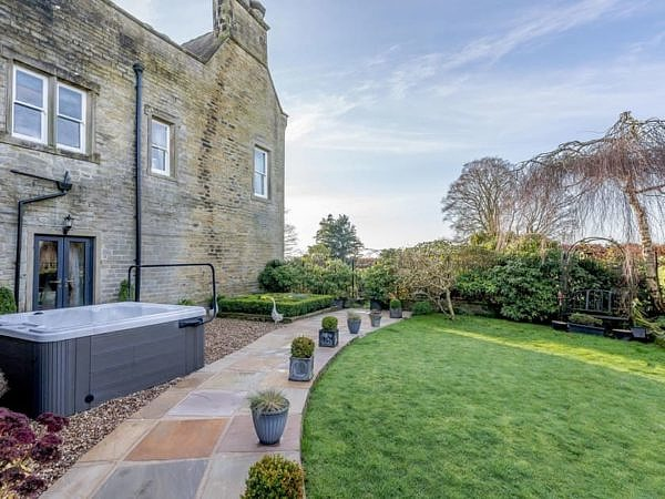 Gorgeous Grange Holiday Home