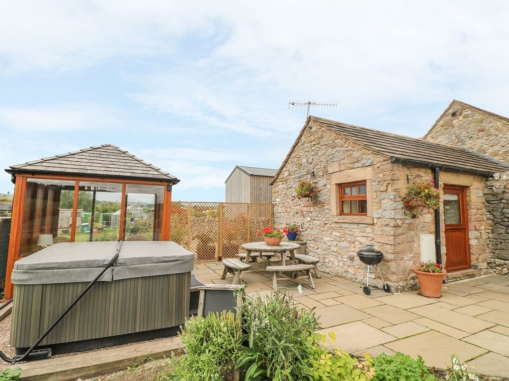 Quirky Cow Shed Cottage