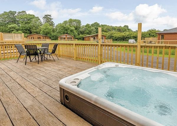 Brokerswood Holiday Park stunning view and a hot tub
