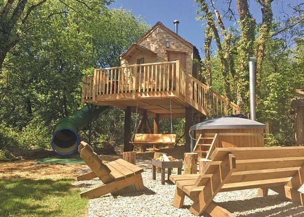 Pyatts Nest Treehouse