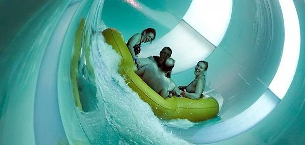 Tropical Cyclone water ride and slide