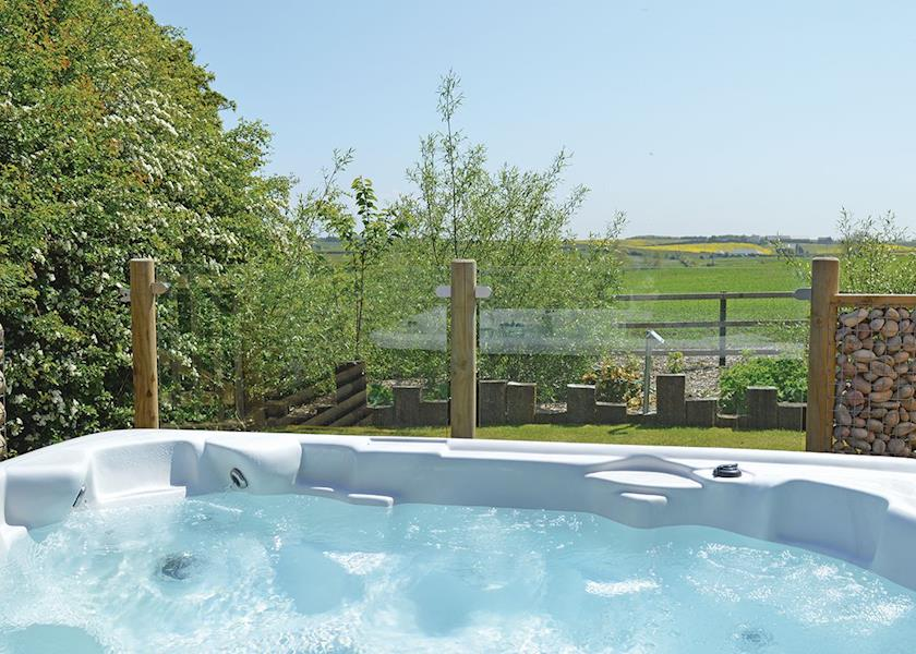 durham coastal lodges hot tubs